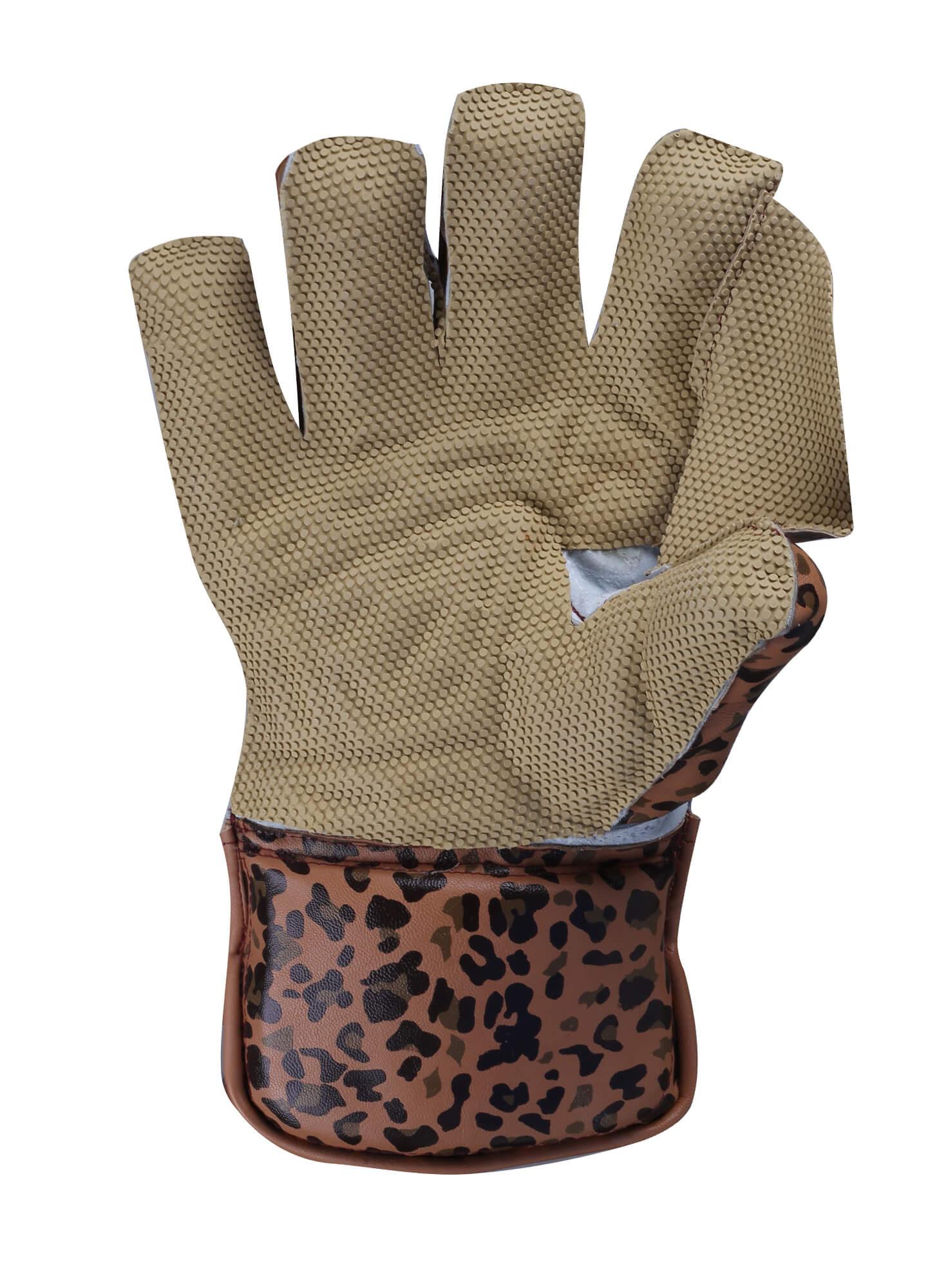wicket keeping glove